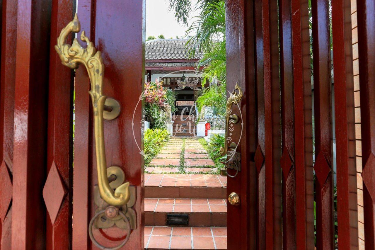 villa-asian-watermark1