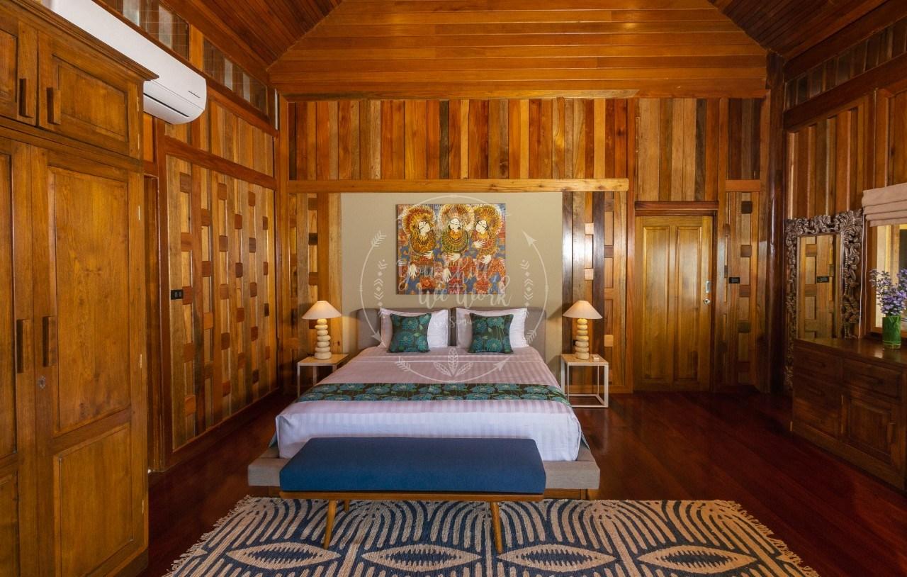 master-bedroom-photo
