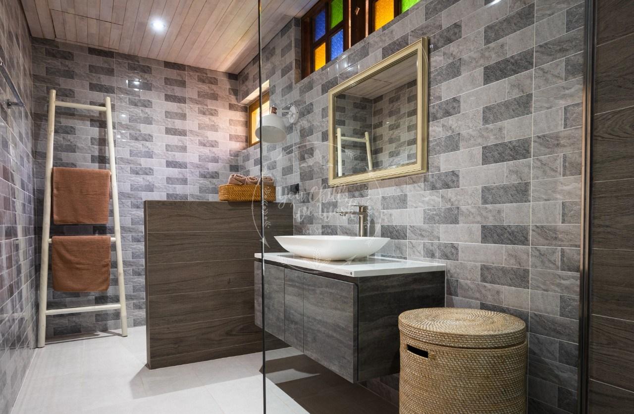 villa-isabel-bathroom-3