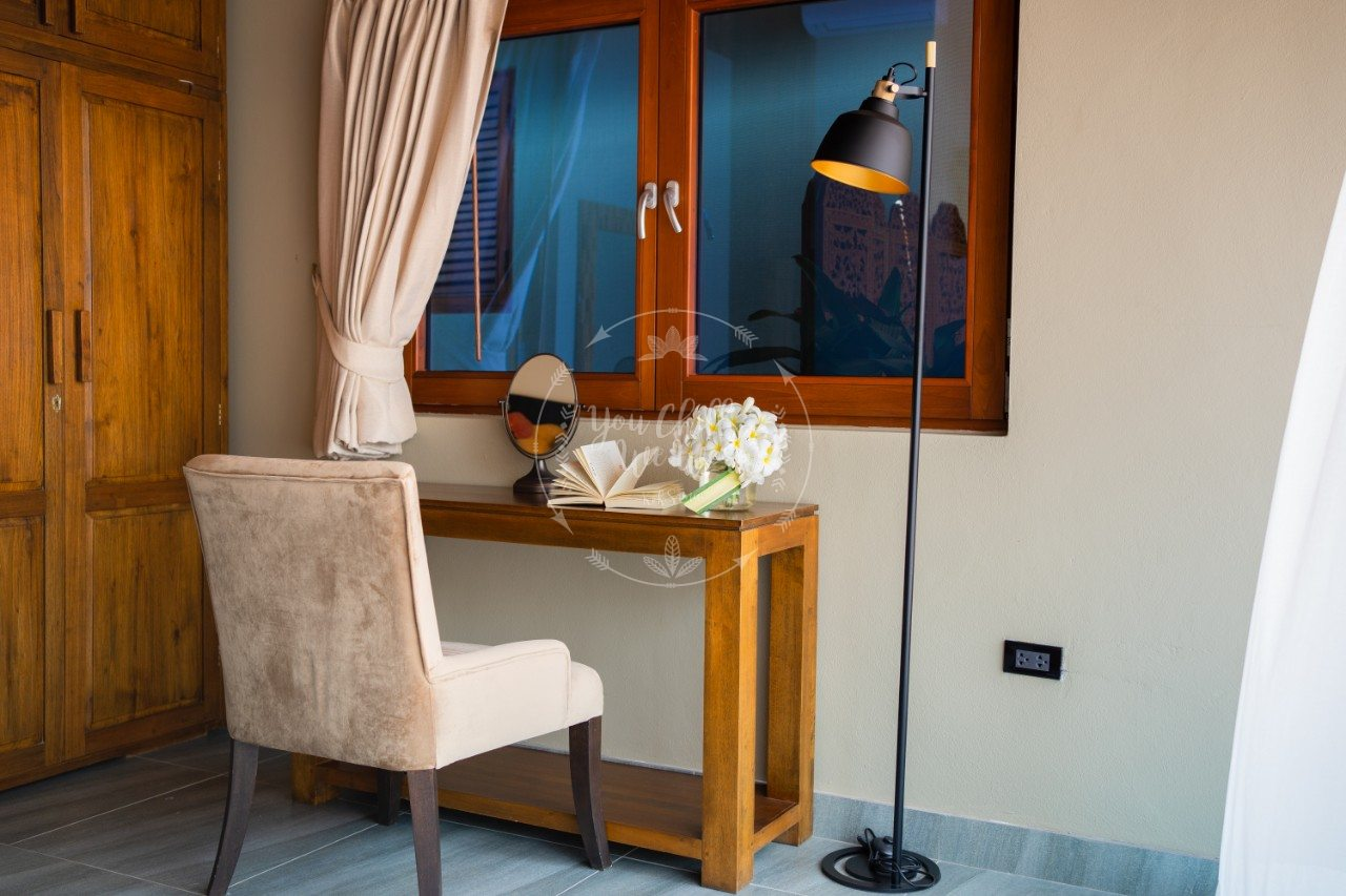 villa-isabel-bedroom-3-vanity