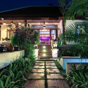 asian-villa-rendez-vous-you-chill-we-work-koh-samui-thailand-conciergerie-concierge-service-villa-for-rent-for-sale-luxury